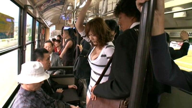 что две японки в троллейбусе лишается девстенности гроздного