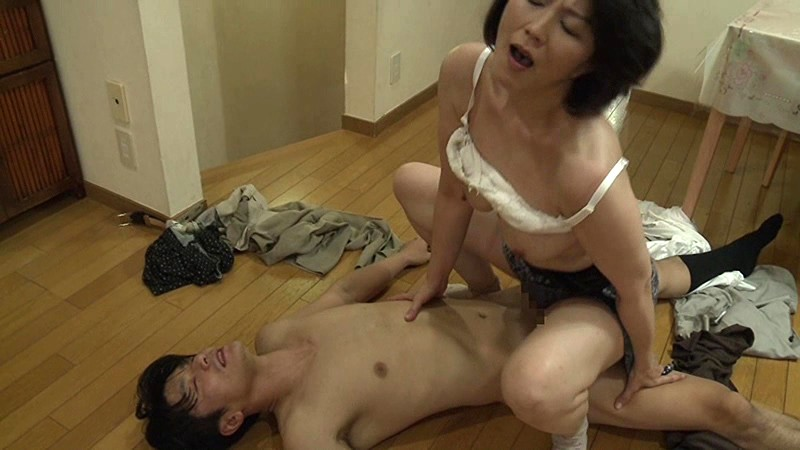 Japanese stepmom porn streaming video