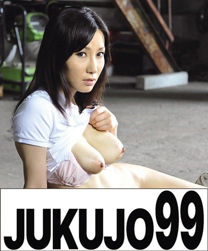 J-99035A 町内会長奥様監禁調教 有沢実紗 顔射編